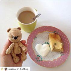 Repost from @oksana_ch_knitting:Доброе утро друзья Кофе творожная запеканка и новорожденный мишутка Всем приятного дня  P.S. а мы пошли одеваться  #вязание#вязаниекрючком#ручнаяработа#амигуруми#доброеутро#кофе#запеканка#завтрак#мишка#мишутка#игрушка#knitting#loveknitting#amigurumi#weamiguru#crochet#goodmorning#coffe#bear#handmade#toys#spring#moskow#oksana_toys by villy_vanilly_shop