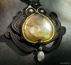 Foxan's beading blog; black lotus soutache necklace with labradorite
