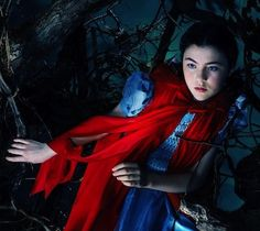 Little Red Riding Hood into the Woods 2014 Movie Lilla Crawford Lilla Crawford, Into The Woods Movie, Colleen Atwood, 4k Wallpaper For Mobile, Tv Show Casting, Epic Characters, Princess Rapunzel, Damsel In Distress, New Clip