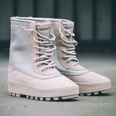YZY 950's Duck Boots