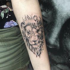 Best Ideas For Tattoo Elephant Ribs Tatoo Leo Tattoos, Sweet Tattoos, Forearm Tattoos, Future Tattoos, Body Art Tattoos, Tattos, Trendy Tattoos, Small Tattoos, Tattoos For Guys