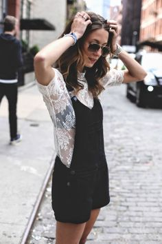 Tobruck Ave in PAIGE Denim Rikki Shortall in Vintage Black