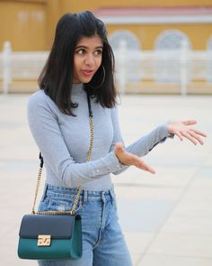Is that how I look when I'm explaining something 😂😂 Teen Fashion Outfits, Modest Fashion, Trendy Outfits, Trendy Fashion, Cute Outfits, Fashion Hub, Fashion Ideas, Fashion Terms, Daily Fashion