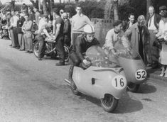 MV Agusta 500cc works racer John Surtees 1957 Isle of Man T.T.