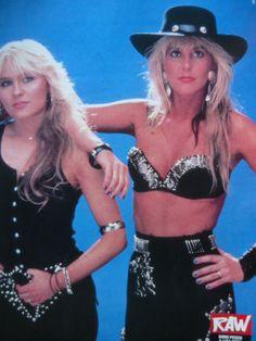 Lita Ford and Doro Heavy Metal Girl, Heavy Metal Rock, Estilo Rock, Hard Rock, 80s Glam Rock, 80s Hair Metal, Ladies Of Metal, Lita Ford, Women Of Rock