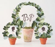 DIY Wedding Paper Leaf Topiary from the new Etsy Weddings - Definitely want this for our wedding, I think it perfectly fits our style. Paper Leaves, Paper Flowers, Topiary Centerpieces, Centrepieces, Papier Diy, Do It Yourself Inspiration, Ceremony Decorations, How To Make Paper, Diy Wedding