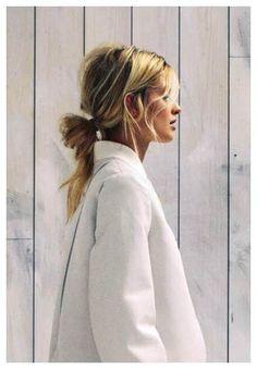 Hair Tutorials : low easy twist / love this hair