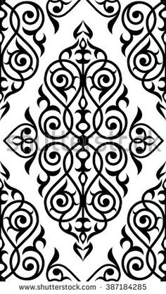 Damask seamless white and black ornament.Traditional vector pattern. Classic oriental background.