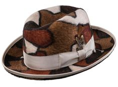Made in Czech Republic of the finest Beaver Furs. Casual Slip On Shoes, Formal Shoes, Gentleman Hat, Beaver Hat, Madd Hatter, Hats For Men, Hat Men, Safari Hat, Homburg