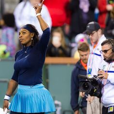 Serena Williams comfortably won her opening match at #BNPPO16. #alwaysstrong #indianwells