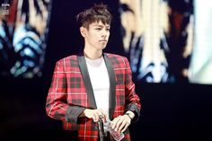 TOP | BIGBANG Fan Meeting in Beijing (160101) There's that gentle look on his face again..