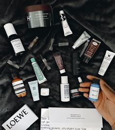 Barneys sent a dop kit over with a lot of GROOMING loot in it this morning - Thanks @barneysny