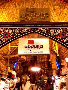 A super cute store in the Grand Bazaar//Una tienda súper simpática en el Gran Bazar.  Abdulla @ Grand Bazaar