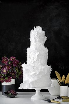 World Ballet Day Calls for Some Maggie Austin Cake Inspo Swan Lake inspired wedding cake - Are White Cakes, White Wedding Cakes, Beautiful Wedding Cakes, Beautiful Cakes, Perfect Wedding, Cake Wedding, Whimsical Wedding, Purple Wedding, Gold Wedding