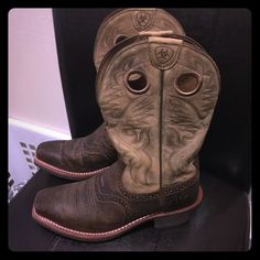 Brand New- Ariat Boots Sz 7 (men's) these are brand new boots. bought for wedding that's been cancelled now here's your chance to get a brand new pair of men's Ariat boots in size 7. Ariat Shoes Heeled Boots