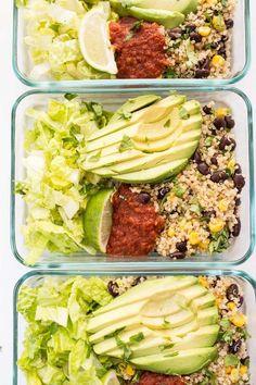 Vegetarian Quinoa Burrito Bowls - Simply Quinoa Meal Prep with these simple vegetarian quinoa burrito bowls -- recipe makes 5 FULL MEALS!Meal Prep with these simple vegetarian quinoa burrito bowls -- recipe makes 5 FULL MEALS! Vegetarian Meal Prep, Healthy Meal Prep, Healthy Eating, Vegetarian Burrito, Healthy Food, Meal Prep For Vegetarians, Simple Meal Prep, Dinner Healthy, Meal Prep Salads