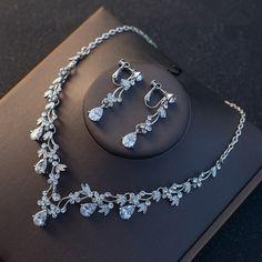 Baguette Crystal Earrings Cocktail, Swarovski Crystal Circle Earrings, Through Eternity Wedding Earrings, Bridal Jewelry, Wedding Jewelry - Custom Jewelry Ideas Wedding Jewellery Gifts, Prom Jewelry, Wedding Jewelry Sets, Bridal Jewelry, Jewelery, Stylish Jewelry, Cute Jewelry, Fashion Jewelry, Women Jewelry