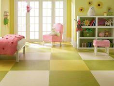 Linoleumboden ist die funktionale Entscheidung für das Kinderzimmer.