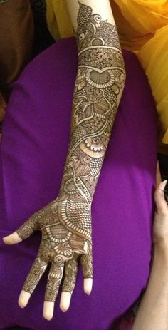 Beautiful bridal mehndi design