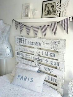 31 Cool Bedroom Ideas to Light Up Your World Dream Bedroom, Girls Bedroom, Bedroom Decor, My Room, Girl Room, Diy Headboards, Vintage Room, Awesome Bedrooms, Decoration