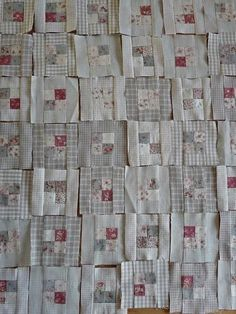 Blog 26-10-11 1 Who knew a neutral quilt that's appealing.
