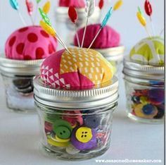 Mason Jar Pin Cushion - Mason Jar Crafts Love