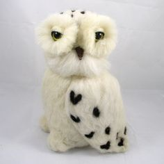 Needle Felted Owl, Needle Felted Snow Owl, Wool Felted bird, White Snow Owl, needle felted animal, - pinned by pin4etsy.com
