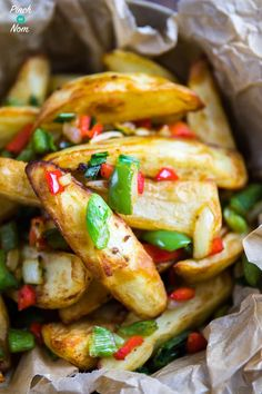 Salt and Pepper Chips - Pinch Of Nom Slimming Recipes Easy Slimming World Recipes, Slimming World Dinners, Slimming Eats, Veggie Recipes, Healthy Dinner Recipes, Cooking Recipes, Savoury Recipes, Healthy Dinners, Potato Recipes
