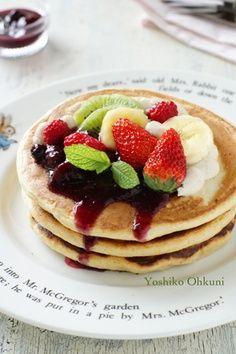 I love pancakes Pancake Cupcakes, Pancake Party, Pancake Bites, Pancake Dessert, Crepes And Waffles, Tasty Pancakes, Yummy Pancake Recipe, Delicious Desserts, Yummy Food