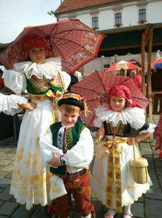 European Countries, Happy People, Beautiful Patterns, Czech Republic, Traditional Outfits, Babies, Costumes, Fabric, Ethnic Dress