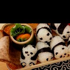 Panda sushi rolls!! Thought you would like these Lyss
