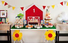festa infantil fazendinha inspire minha filha vai casar-13 Farm Birthday, Lego Birthday, Birthday Cake Girls, Baby First Birthday, Lightning Mcqueen Birthday Cake, Wooden Pallet Crafts, Farm Cake, Novelty Birthday Cakes, Barn Parties