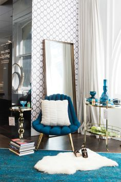 """Without compromising the little fun eccentricities that make a home personal, this Elegant Eclectic's space is special, bright and welcoming.   <p><a href=""""http://www1.bloomingdales.com/shop/product/bloomingdales-jet-set-serving-cart?ID=1279930&CategoryID=3865&cm_kws=1279930"""" target=""""_blank"""">Bloomingdale's Jet Set Serving Cart</a> // <a href=""""http://www1.bloomingdales.com/shop/product/bloomingdales-jet-set-round-chairside-table?ID=1279928&CategoryID=3865&cm_kws=1279928""""…"""