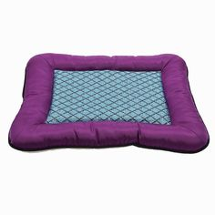 Foerteng Pet Cooling Mat Puppy Comfort Bed Self Cooling Pad Pet Cooler Cold Bed for Different sizes Dogs and Cats S/M ** Check out this great product. (This is an affiliate link and I receive a commission for the sales) #Kitty