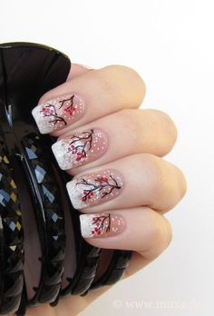 Christmas/winter nail art - black branches with red berries on snow ♡
