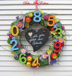"Door wreath training order wreath ""Numbers game"" by Deko-Idee Eolion on DaWan … 1st Day Of School, Back To School, School Staff, Teacher Appreciation Week, Teacher Gifts, Bird Feeder Craft, Preschool Gifts, Number Games, Diy And Crafts"