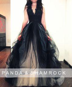 Ceniza/boda/vestido de novia por pandaandshamrock en Etsy, $530.00