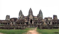 Encuentran pinturas ocultas en el famoso templo de Angkor Wat en Camboya http://ow.ly/xmH4M pic.twitter.com/Lclffew72p