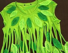 Tshirt flower green leaves costume