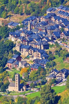 The blue roofs of Taüll, Lleida - Spain