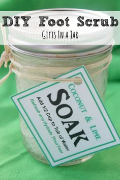 """DIY Cracked Heels Remedies ~ This Homemade Foot Scrub and Soak made with Coconut and Lime hydrates the skin and is a natural exfoliant. It is perfect for getting your feet ready for """"sandals weather"""" and can be a great gift! Foot Soak Recipe, Body Scrub Recipe, Diy Body Scrub, Drug Store Face Moisturizer, Diy Moisturizer, Pedicure Soak, Diy Gifts In A Jar, Homemade Gifts, Cellulite Scrub"""