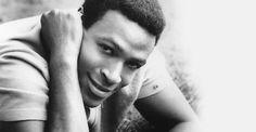 Marvin Pentz Gay, Jr., (Marvin Gaye) (2 de abril de 1939 - 1 de abril de 1984)