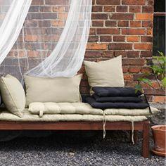 Balkongmöbler och loungemöbler för din uteplats - IKEA