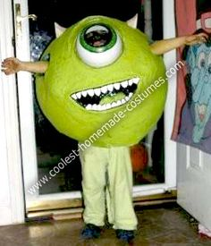 Homemade Mike Wazowski From Monster's Inc. Costume: I have 3 kids and like to do themes for Halloween and my son chose Mike Wazowski from Monster's Inc. So the plan became Connor old) would be Mike, Mike Monsters Inc Costume, Monster Inc Costumes, Halloween Boo, Halloween Treats, Halloween Costumes, Mike Wazowski Costume, Monsters Inc Decorations, Monster University Party, Homecoming Floats
