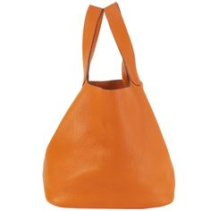 Hermés Picotin 26 Bucket Handbag Orange Taurillon Clemence Leather Pop Bag, Hermes Orange, Bucket Handbags, Orange Bag, Large Handbags, Birkin, Fashion Handbags, Leather Handbags, Bucket Bag