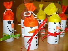 Sněhulák Christmas Time, Christmas Crafts, Xmas, Girl Guides, Snowman, Crafts For Kids, Household, Paper Crafts, Sporty