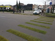 Pedestrian crossing, gras, Les Boulistes, Canal Parks, and Picnic the Streets, Pop-Up City Live, 28 May 2014, Brussels!