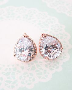 Perfect bridal earrings :)  Rose Gold Luxe Teardrop Ear stud by ColorMeMissy