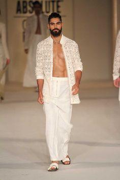 Rohit Bal at Lakmé Fashion Week summer/resort 2016 Indian Men Fashion, Mens Fashion, Moda India, Looks Style, My Style, Indian Groom Wear, Rohit Bal, Blazers, Indian Man