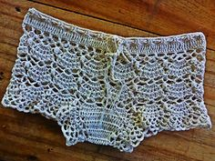 Lace boyshort panties crochet pattern, well sort of pattern. More like pointers on how to convert a capelet pattern into this patter. bandeau bra to match. Advanced crocheter only . FREE though. Crochet Shorts Pattern, Crochet Pants, Crochet Skirts, Crochet Clothes, Crochet Patterns, Short Crochet, Cute Crochet, Knit Crochet, Crochet Lingerie